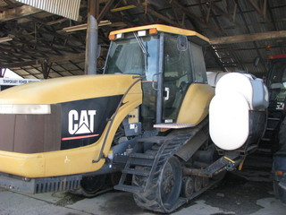 CAT CHALLENGER 35 belted crawler w/ side tanks