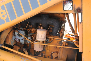 Case Bucket Loader Model 580 C - Absolute Auction & Realty
