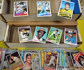 Huge Selection of Baseball & Sport Cards