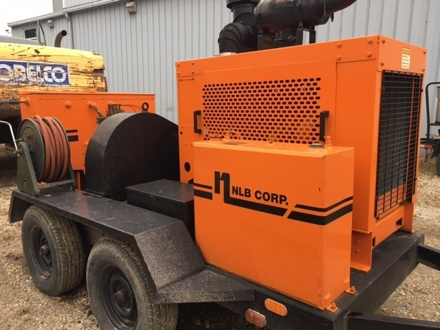 HEAVY CONSTRUCTION EQUIPMENT AUCTION - Gallivan Auctioneers and