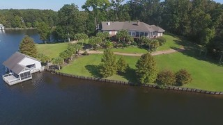 WATERFRONT LUXURY REAL ESTATE AUCTION IN ALEXANDRIA, LA