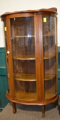 Curved Front Curio Cabien
