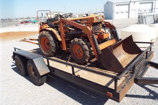 1979 Kubota B7100 MFW tractor with loader & backhoe,
