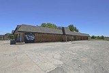 (SE) ABSOLUTE 6,912 SQ. FT. COMMERCIAL BUILDING