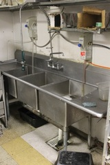 Three Well Compartment Stainless Steel Sink