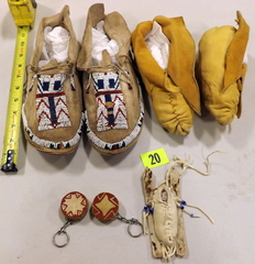 "Native American Moccasins, ""drum"" keychains, Papoose"