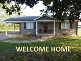 tate County - Independence Area Neat 2 Bedroom Home on 1 1/2 Acres