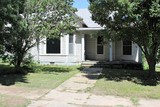 4BR-2BA-2,123 Sq. Ft. House~426 SOUTH A ST - ARKANSAS CITY