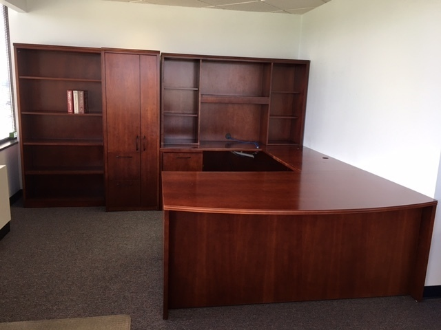 VA 20K S/F HON OFFICE FURNITURE AUCTION LOCAL PICKUP ONLY