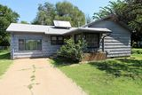 3 BR, 1 BA HOUSE IN WELLINGTON, KS