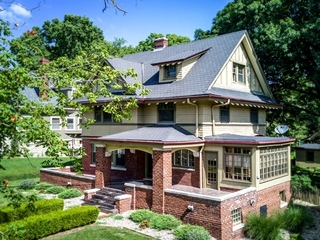 Restored 3-Story Historic Home in Liberty, MO For Sale at Auction