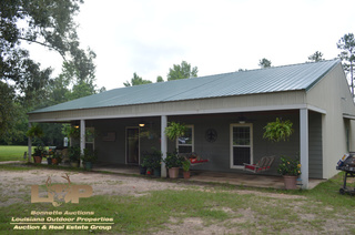 Home & Acreage For Sale in Elmer, LA