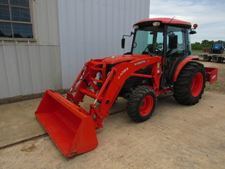Kubota 3940 HST With Loader
