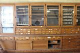 AUCTION OF HARDWARE STORE DISPLAYS
