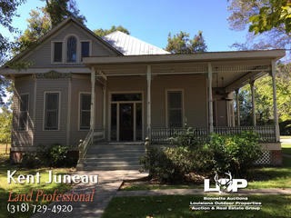 Beautiful Victorian Style Home For Sale in Avoyelles Parish