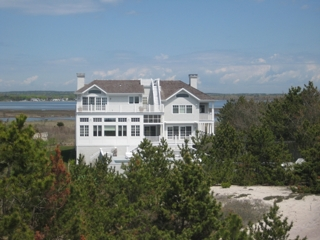 3,000+ SQ FT OCEANVIEW HOME