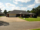 ~~~ FOR SALE ~~~ @ $239,000
