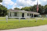 ABSOLUTE! 3 BR, 1 BA SF Home Mulberry, FL, Oct. 13