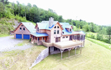 4BR Log Home on 147± Acres in Brookfield