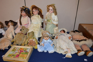 Late Addition, Antique Dolls