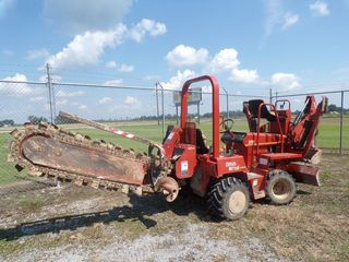 Ditchwitch 3700 Trencher