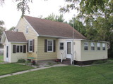 NICE 1 1/2 STORY HOME - GARAGES - SHEDS ON 1 ACRES - AUSTIN, MN