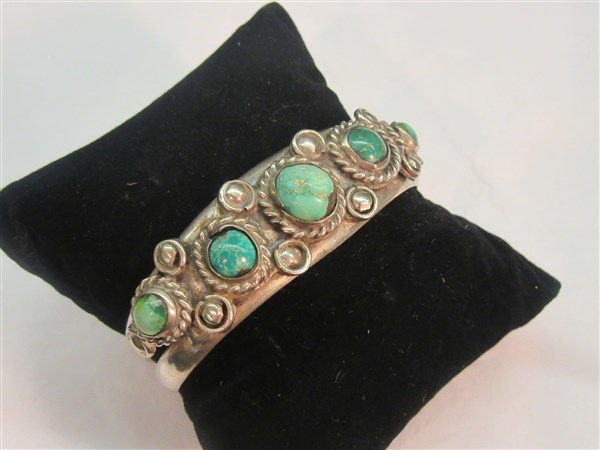 a5a457dd Estate Jewelry & Clothing Auction Thursday October 12th @ 6PM ...
