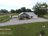 3 bed 2.5 bath on 1.5 acres of land for sale in Marksville, LA