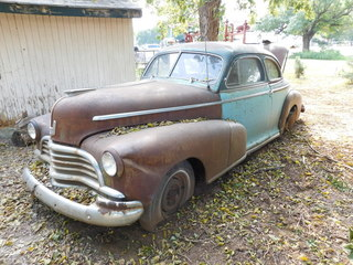 ENDS 10/17 CASE 2590 TRACTOR * 1946 CHEVY COUP * TILLAGE * NICE TOOLS