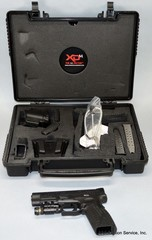 Springfield XD(M) .40 Pistol with Case