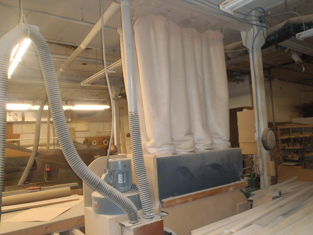 Former Cabinet Counter Top Wood Shop Equipment Auction Cash