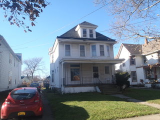 Real Estate Auction - SINGLE FAMILY HOME!
