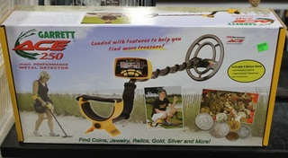 Garrett Ace 250 Metal Detector - New in Box