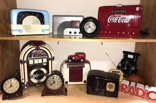 Vintage Clocks and Radios, Replica Coca-Cola Cooler Radio