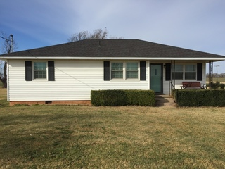 Home on 2.5 Acres in Foss, OK