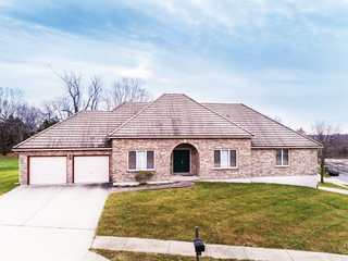 Carriage Hill Estates | Custom Built True Ranch Home with Tile Roof & 4 Garage Bays | Kansas City, MO (North) | For Sale in Online Probate Estate Auction