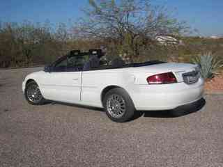 2005 Chrysler Sebring Convertable - neat