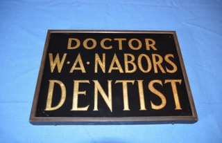 Dentist's Sign