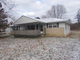 Columbus Area 3 Bed, 1.5 Bath Home on 1.3 acres