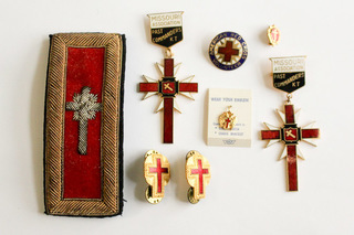Jewelry, Military Awards, Fraternal Pins, & More Ends 2/21/18