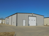 40'x80' COMMERCIAL BUILDING * IMMACULATE  CONDITION