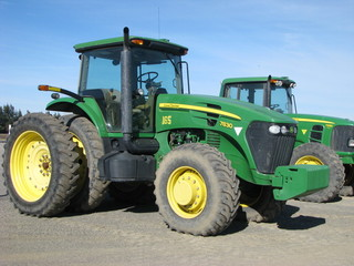 JD 7830 tractor MFWD