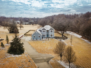 GONE! Country Estate Auction: 4 Bedroom Home on 2.5 Acres | De Soto, KS