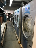 COMMERCIAL LAUNDRY BUSINESS FOR SALE