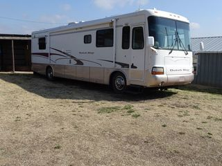 2001 Newmar Dutch Star motor home