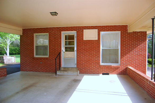 1288 +/- SF House to Move or Dismantle in M