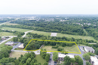 GONE! No Reserve Auction: 4+ acres, 3BR Fixer-Upper or Development Opportunity | Independence, MO