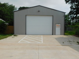 30'x40' COMMERCIAL BUILDING * BROADWAY FRONTAGE