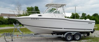 Seaswirl Striper 26' Boat