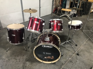 Mapex Q Series Drum Set w/ Cow Bell, Foot Pedals, Stands, 5 Drums